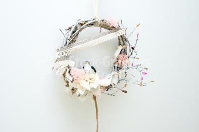 Wreath with little bird