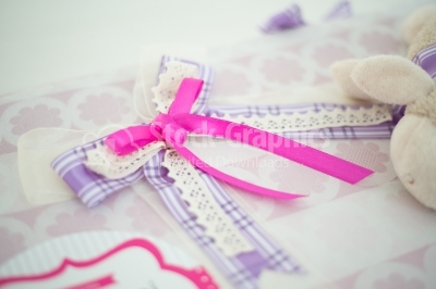 Pink bow on gift box