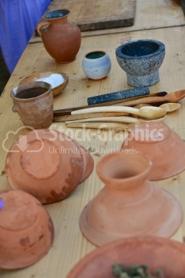 Plates, pots and artifacts made of clay