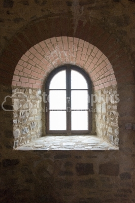 Close-up picture of a stone window