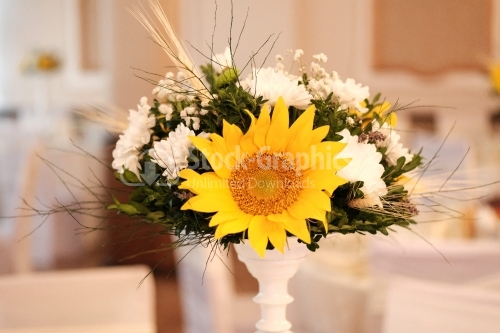 Bouquet of flowers with a big sunflower in the middle