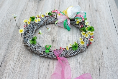 Spring wreath with pink scarf