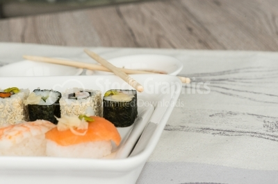 Sushi woodnes surface